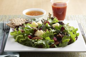Pecan-Cranberry Mixed Greens Salad, Image by Seattle Sutton's Healthy Eating