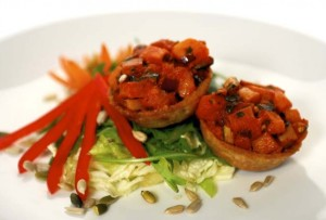 Baked Wheat-Free Vegetable Tarts with a Mixed Salad, Image by Nutrichef